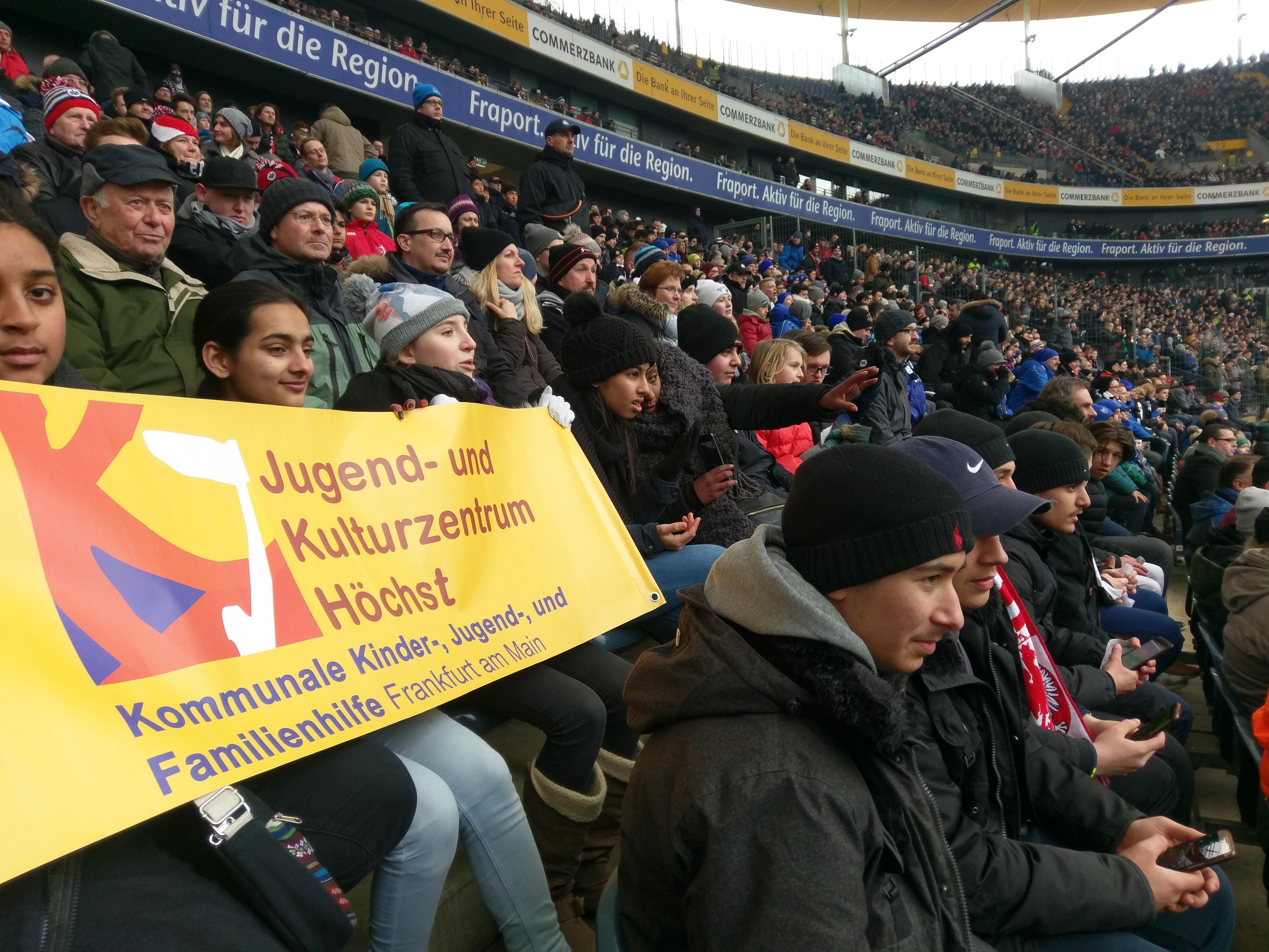 Foto JuKuZ Höchst im Stadion